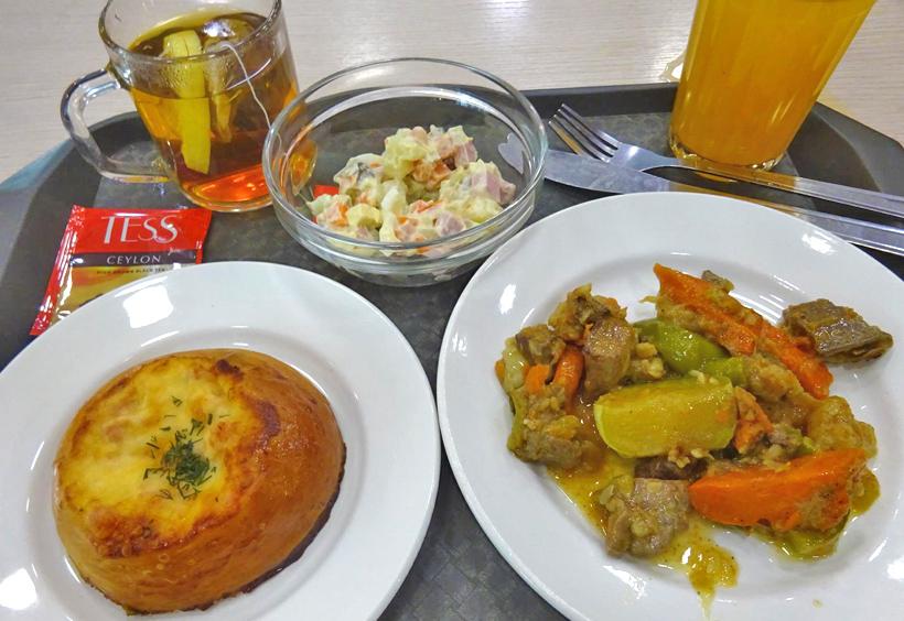 スタローヴァヤ8ミヌートの料理