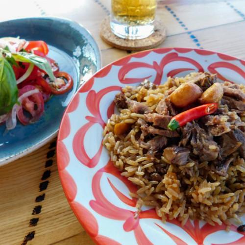 中央アジア料理フローパク(Хлопок)