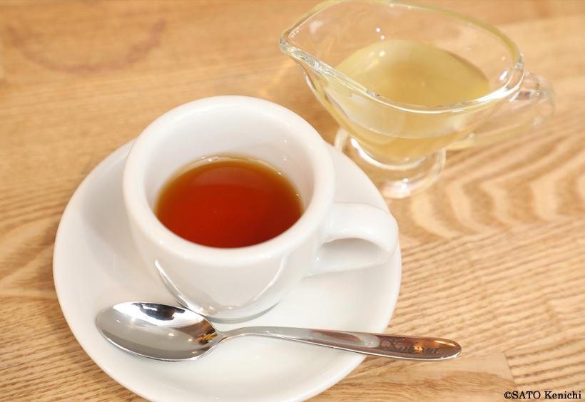 カフェマの紅茶とはちみつ