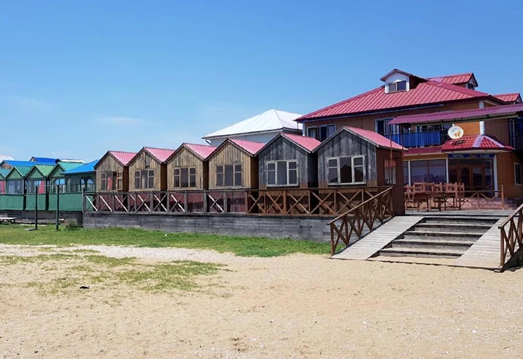 ウラジオストクのシャモラビーチのコテージ
