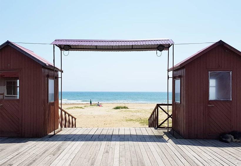 ビーチ沿い