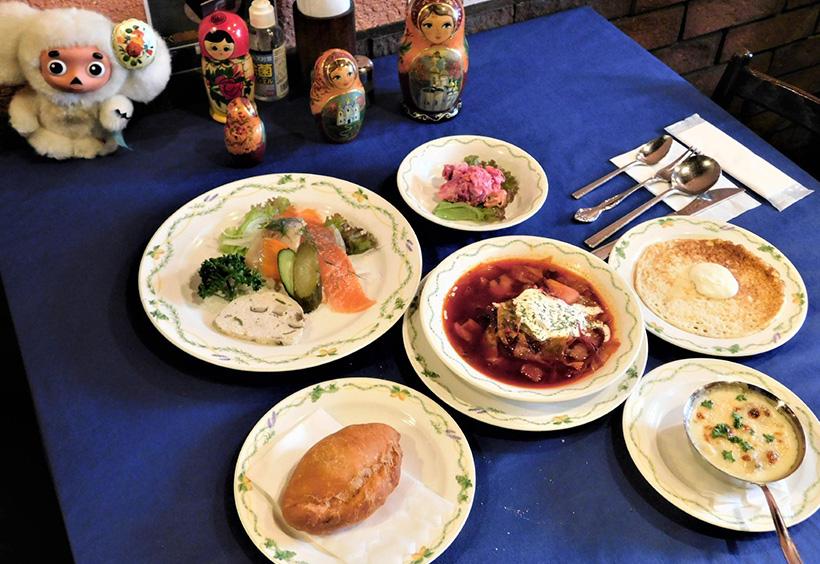オンラインツアー限定のロシア料理のコース