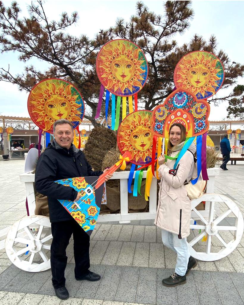 ロシアの春のお祝いマースレニッツァ