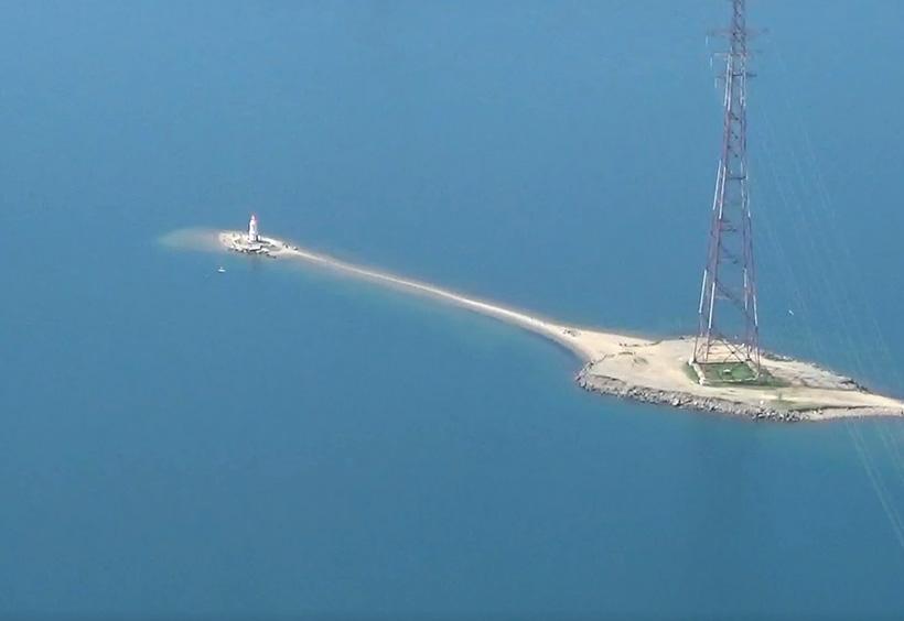 上空から見るトカレフスキー灯台