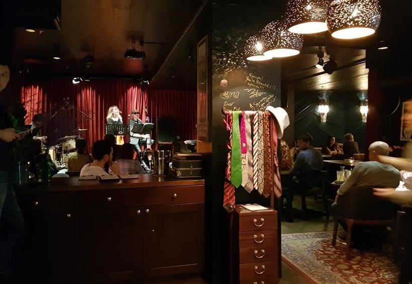 ジャズバー「syncope jazz Bar」店内写真